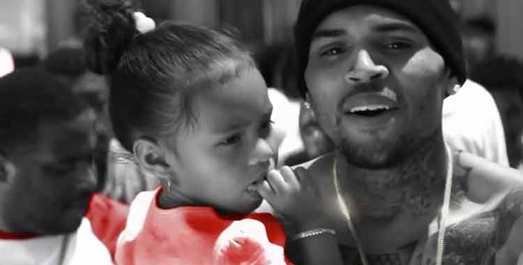 Chris Brown ft Aaliyah – Don't Think They Know (Clip)